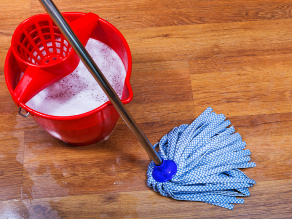 best-way-to-clean-laminate-floors[1]